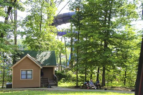 World Indiana Cabins by World Park And Lake Rudolph Cground Visiting