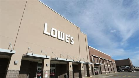 lowes iverson way lowe s cos inc to cut another 525 employees as it