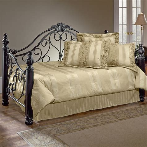 Iron Daybed With Trundle 18 Best Images About Daybeds Trundle Beds On Pinterest