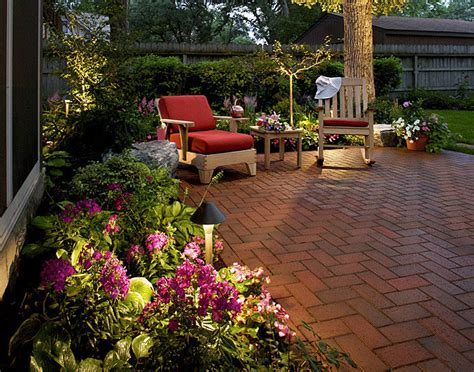Landscape Ideas For Backyards Small Backyard Patio Landscaping Ideas