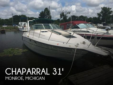 boats for sale in monroe michigan sold chaparral 31 signature boat in monroe mi 081736