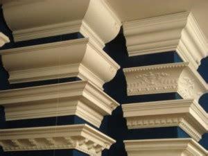 como colocar molduras de poliestireno en el techo aplicaci 243 n de rosetas y molduras de poliuretano en el