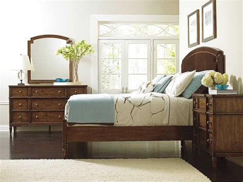 Stanley Furniture Bedroom Sets with Stanley Furniture Vintage Bedroom Set 264 13 42set2