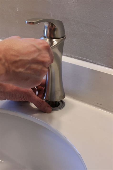 removing an kitchen faucet how to remove and install a bathroom faucet