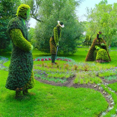 montreal botanical garden topiary 951 best images about topiary living gardens on
