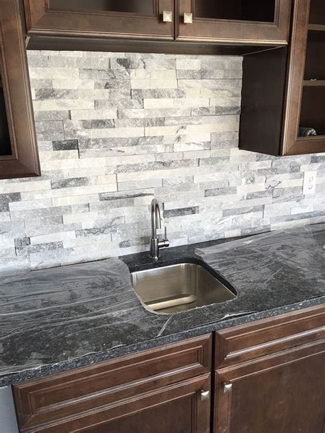 Marble Tile Kitchen Backsplash Stacked Is A Great Bar Backsplash Home Bar Entertainment Ideas Backsplash