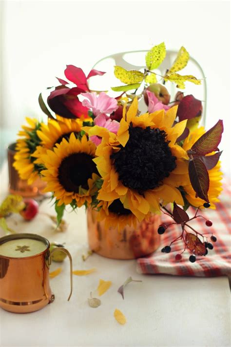 How To Make Paper Sunflowers - how to make a paper sunflower