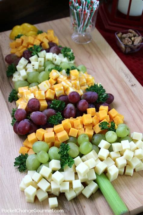 tips for easy entertaining cheese christmas tree and bar
