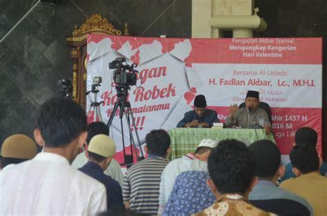 pengajian jangan kau robek kehormatanmu wahdah islamiyah