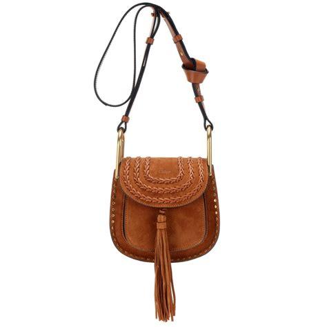 chlo 233 hudson small suede shoulder bag in brown caramel
