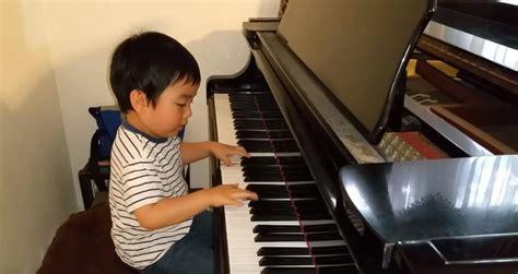 piano para el pequeo ni 241 o virtuoso en el piano muestra su talento en redes sociales