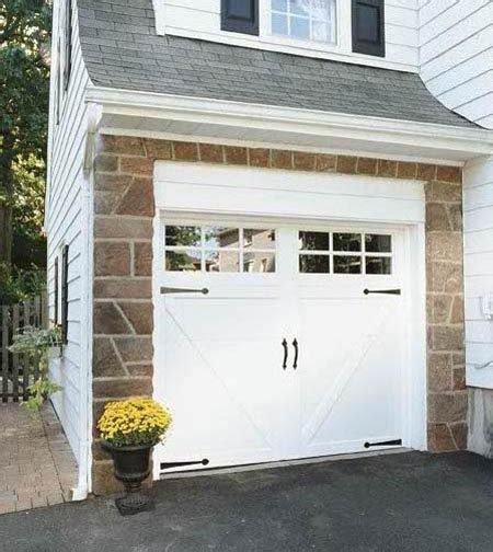 Clopay Garage Door Windows Clopay Coachman Collection Steel Carriage House Garage Door Design 23 With Sq 23 Windows Shown