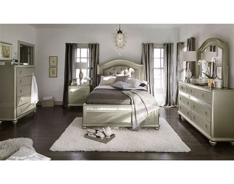 Value City King Size Bedroom Sets by Tufted Bedroom Set Antique Italian Emperor Design Golden