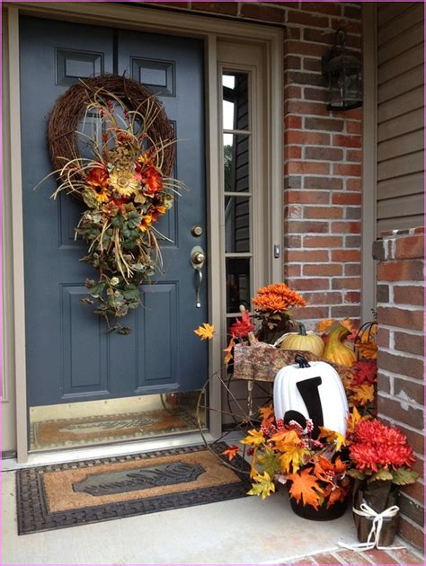 30 cozy fall staircase d 233 cor ideas digsdigs 28 fall home decor ideas home decorating ideas