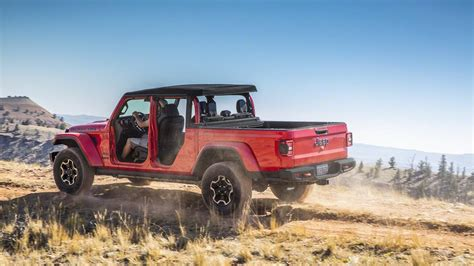 when does the 2020 jeep gladiator come out 2020 jeep gladiator offers comfort and capability