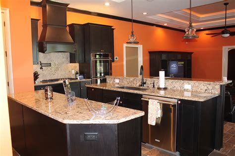 kitchen cabinets lakeland fl lakeland liquidation in lakeland fl 33801