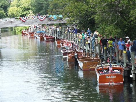 boat rental traverse city traverse city boating guide boatsetter