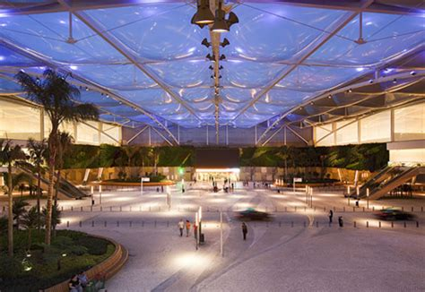 ETFE foil cushions, shopping complex by Hightex   STYLEPARK