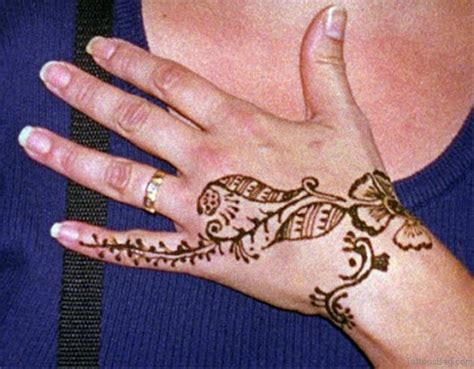 henna tattoo sun 72 stylish heena tattoos on finger
