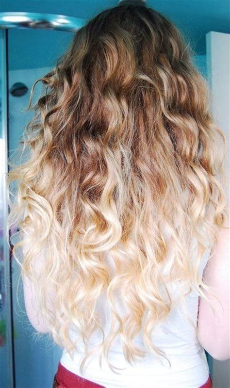 medium brown with blonde ombre curly medium brown to blond ombre hair hair cuts