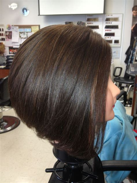 inverted shoulder length bob haircut inverted bob medium length shorthair cute love my job