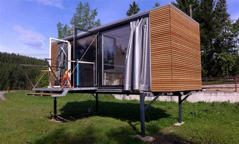Design Your Own Transportable Home by Moving House Has Never Been Easier With One Of These