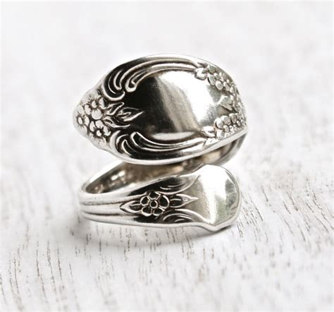 Vintage Spoon Ring Size 7 Silver Plated Signed WMA Rogers