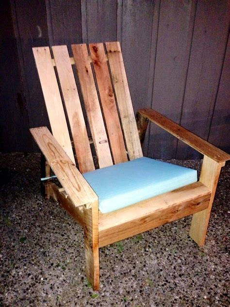 Adirondack Chairs Diy by Adirondack Chair Made Out Of Pallets