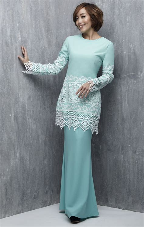 Green Lace Baju Kurung the 25 best baju kurung lace ideas on kebaya brokat kebaya muslim and muslim dress