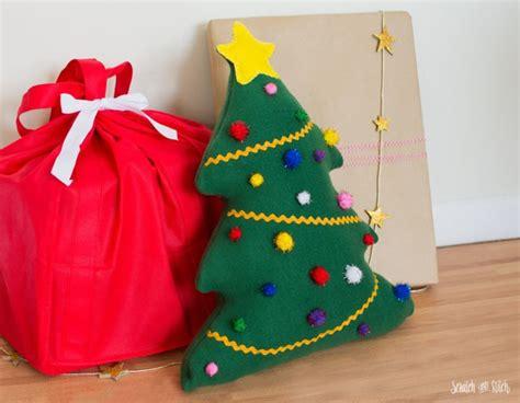 stuffed christmas tree patterns printable stuffed tree sewing pattern on scratchandstitch