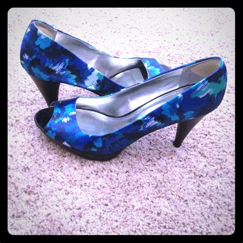 blue patterned heels 49 off style co shoes style co blue floral pattern