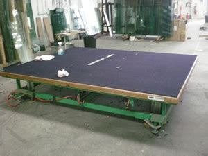 glass cutting table glass cutting table pneumatic operated auction 0032 3001857 graysonline australia