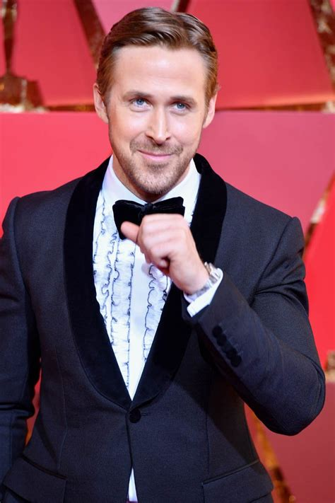 ryan gosling oscar nomination ryan gosling laughs during best picture snafu at 2017 oscars