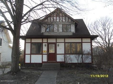 houses for sale austin mn 607 9th st nw austin minnesota 55912 detailed property info foreclosure homes