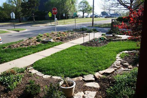 Flower Garden Borders Edging And Bark Gardening Ideas Bark Garden Ideas