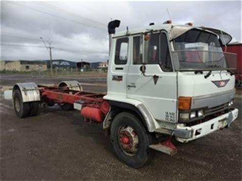 hino fg 4x2 cab chassis truck 1991 green fields sa
