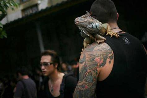 社会人带纹身qq头像 热门头像 qq头像大全 qq志乐园