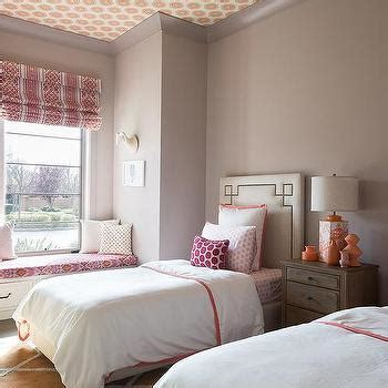 pink borders for bedrooms pink and orange greek key pillows design ideas