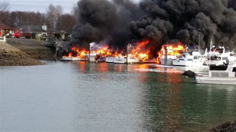 jamaica fire boat crews assessing damage from la conner marina fire the