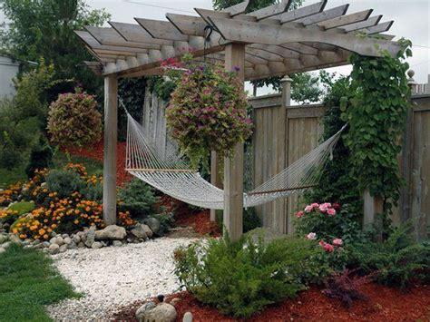 inexpensive backyard landscaping ideas inexpensive landscaping ideas front yard landscaping