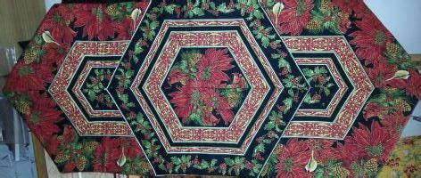 Bayside Quilting by 24 Best Images About Triangle Frenzy Runner On