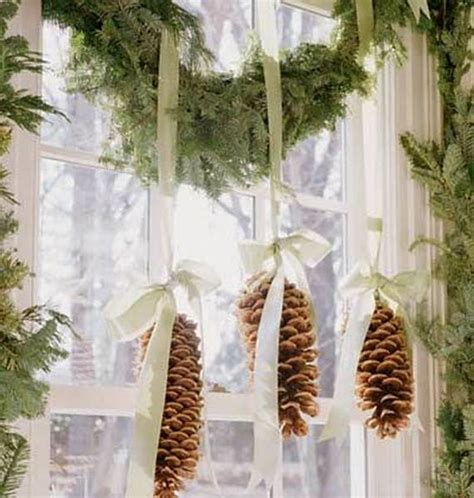 50 eco friendly holiday decorations made of pine cones