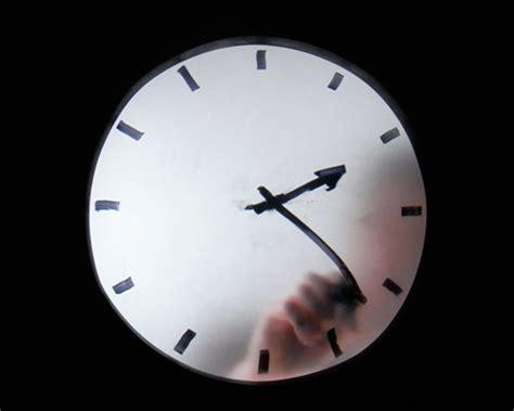 maarten baas: 'real time', clock movies at milan design ... In Time Movie Clock