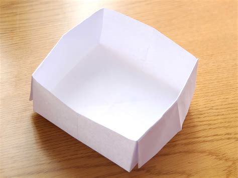 How To Make A Simple Paper Box - how to make an origami box with printer paper 12 steps
