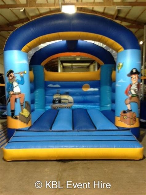 party boat hire hertfordshire children s bouncy castles and party ideas bouncy castle