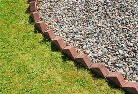 Landscape Edging Using Bricks Brick Garden Edging Made Easy Gardening Site