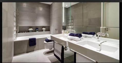 Handuk Mandi Mix Warna tips tata cahaya di kamar mandi yang baik sci
