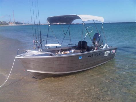 tinny boat first solo in the new tinny fishing fishwrecked