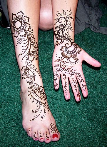 tattoo henna leg custom temporary tattoo design henna on clients leg and