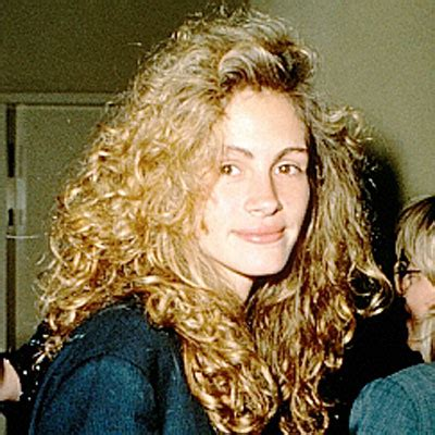 hairstyles from 1985 1989 julia roberts changing looks instyle com